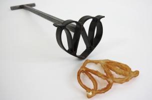 W inside Heart. custom branding iron and rosette cookie.
